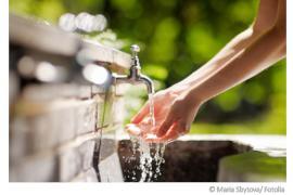 Brunnenwasser trinken - Auf diese Risiken sollten Sie achten!