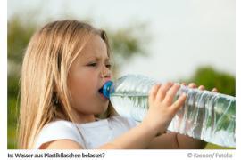 Ist Wasser aus Plastikflaschen belastet?